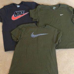 3 men's XL Nike Tshirts